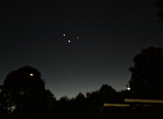 L-R Jupiter, Venus and Mercury with the red planet (Mars) lurking below on 365 Project