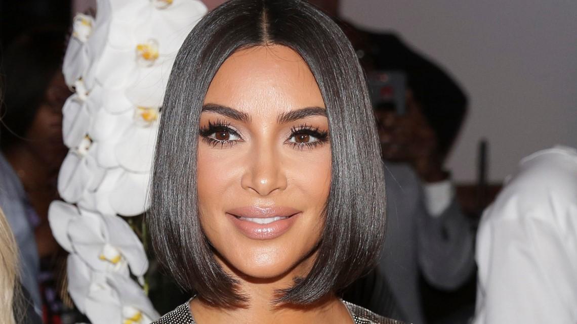 , Kim Kardashian West pokes fun at famous family as SNL host, The Evepost National News