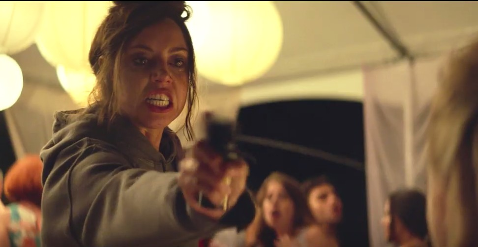 Aubrey Plaza Goes Full Zombie In Life After Beth Trailer Free