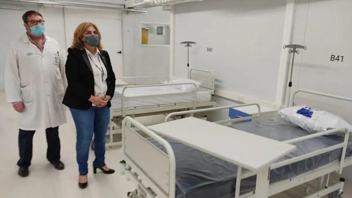 La ministra de Salud, Sonia Martorano, junto al director del Hospital Escuela Eva Perón, Jorge Kilstein.