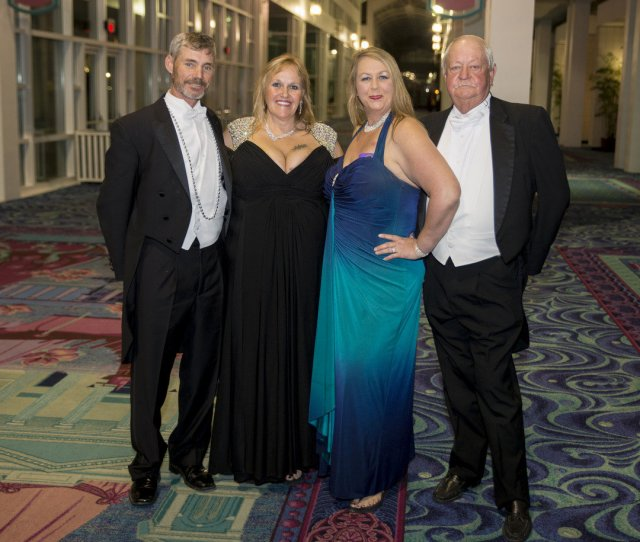 Show Us Your Mardi Gras Gowns Conde Explorers Gather For A Night At The Movies Al Com