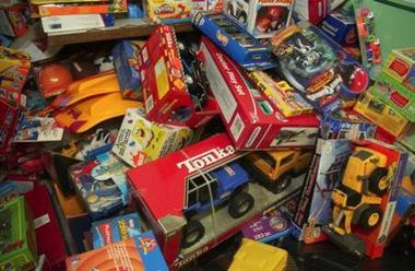 Operation Homefront Amp Dollar Tree Collecting Toy Donations