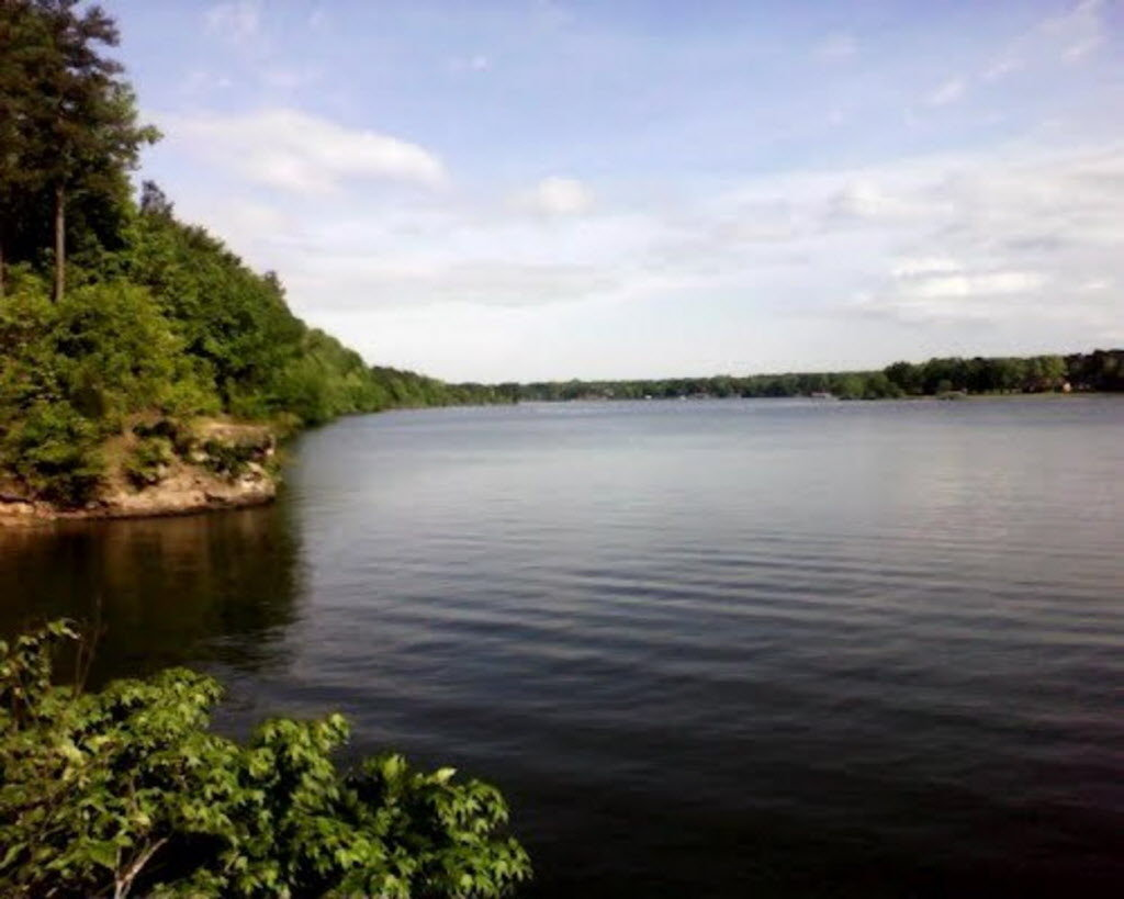 One dead one in serious condition after boating accident ...
