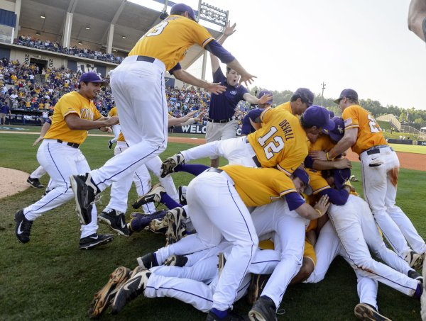 City Of Hoover Aiming Sec Baseball Tournament In Town