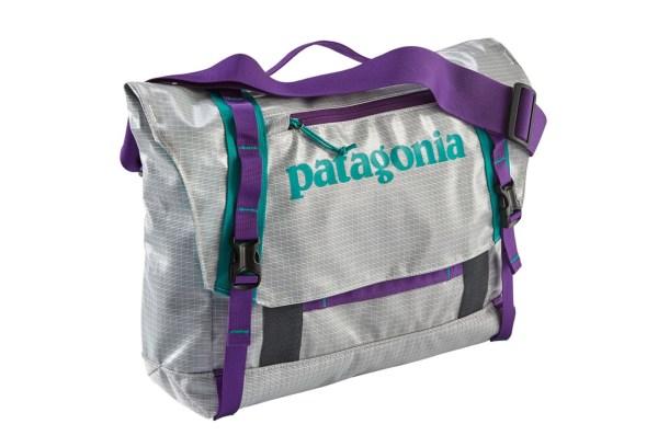 Patagonia Black Hole Mini Messenger Bag 12l White