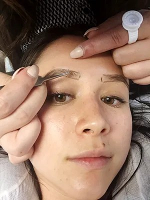 Places To Get Your Eyebrows Done : places, eyebrows, Eyebrow, Extensions, Here's, Happened, Allure