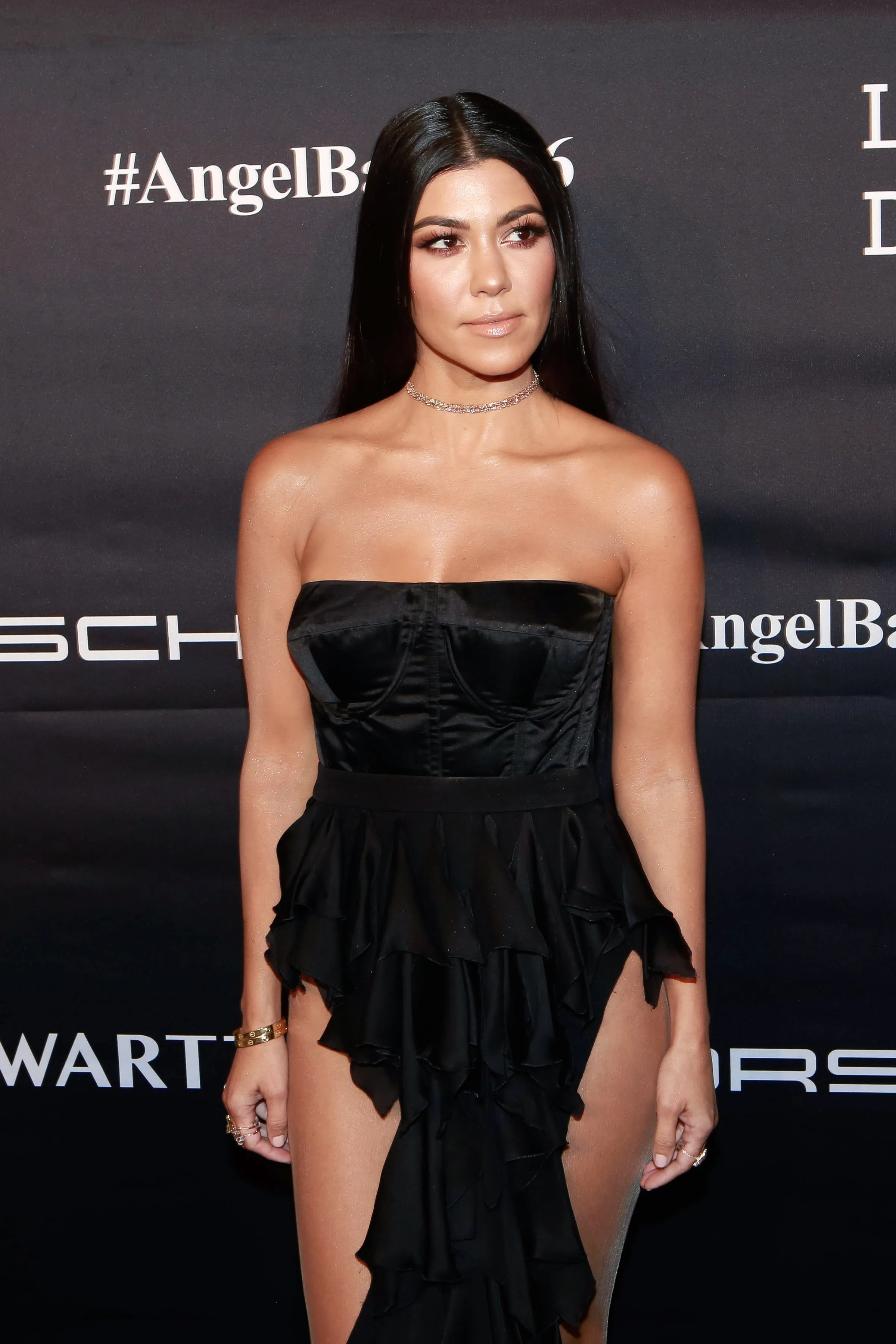 The Kourtney Kardashian Avocado Hair Smoothie Is What You