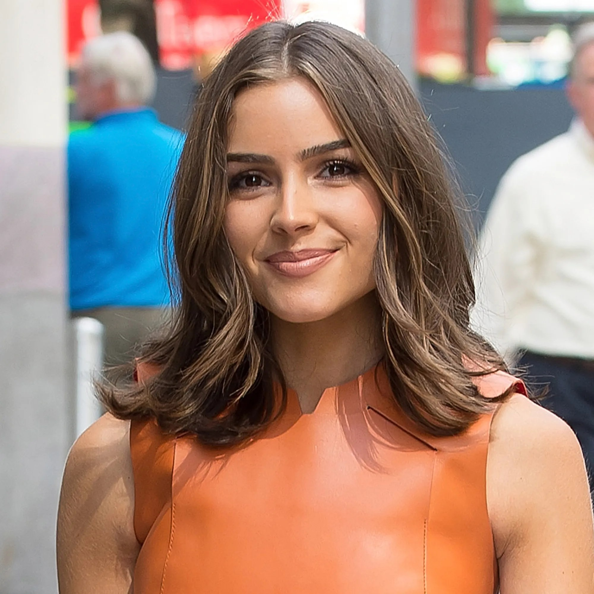 Best Medium Length Haircuts For 2017 Allure