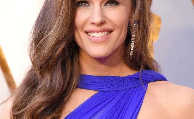 Oscars 2018 How Jennifer Garner Got Her Hairstyle For The