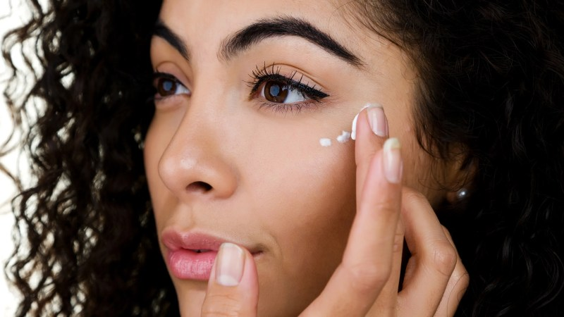 What Causes Discoloration Around Eyes | Wajimakeup.co