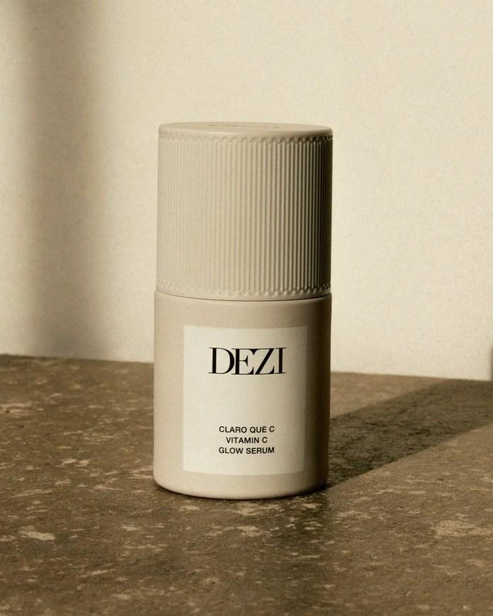 DEZI SKIN Vitamin C Serum on white background