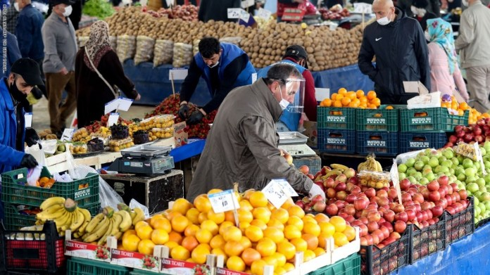 High price inflation in Egypt due to the high prices of vegetables and fruits
