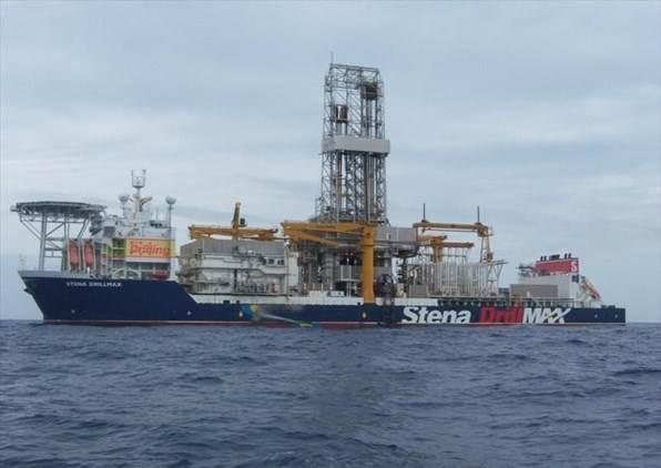 """مارينا ترافيك: سفينة حفر تعود ملكيتها إلى شركة بريطانية متوقفة منذ ساعات قبالة الناقورة قرب """"البلوك 9"""""""
