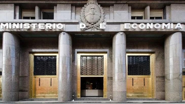 El Ministerio de Economía dio detalles de la licitación del 4 de marzo