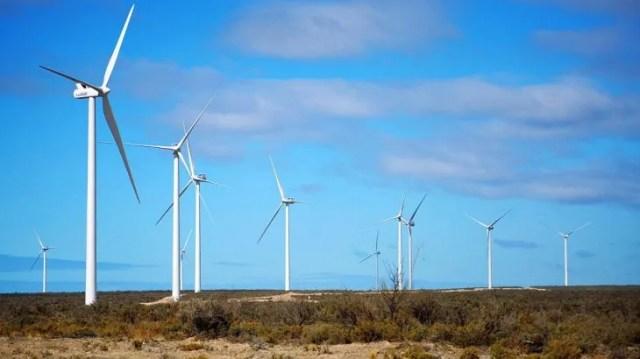 Dentro de este segmento la energía solar fotovoltaica y la eólica se convirtieron en las fuentes de electricidad más baratas en muchos mercados.