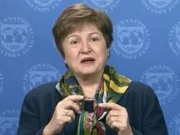 La titular del Fondo Monetario Internacional(FMI),Kristalina Georgievavolvió a poner a la entidad al margen de la negociaciones entre la entre la Argentina y los acreedores.