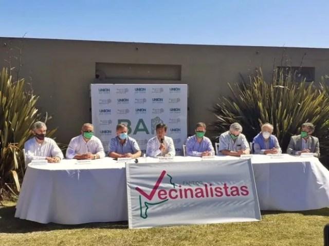 Los vecinalistas congregaron a cuatro de los siete intendentes independientes.