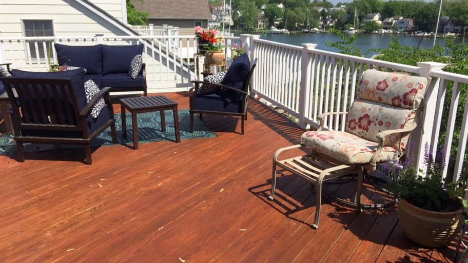 how much does it cost to build a deck