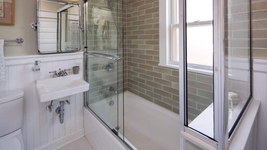 how much does shower installation cost
