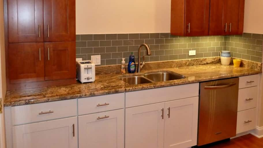 kitchen cabinet hardware best deals on appliances what to look for in angie s list cabinets with steel pulls