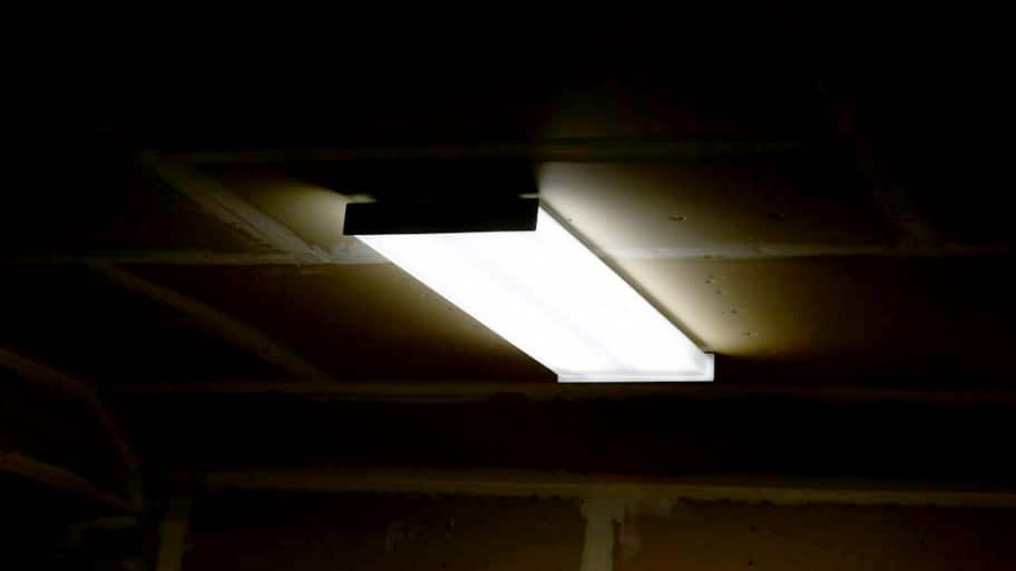 kitchen overhead lights laminate ask angie: replace faulty fluorescent light bulbs   angie ...