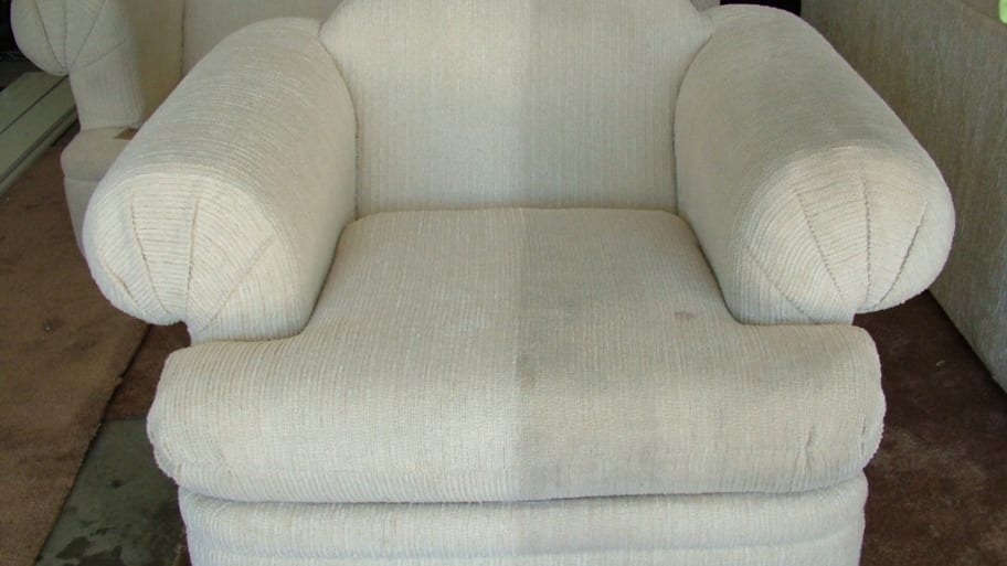 sofa cleaning los angeles leather chaise sleeper diy tips for furniture upholstery angie s list 6