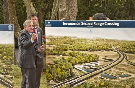 Minister for Industry and Science Member for Groom Ian Macfarlane and Queensland Minister for Main Roads Mark Bailey at the signing of the Toowoomba Second Range Crossing.