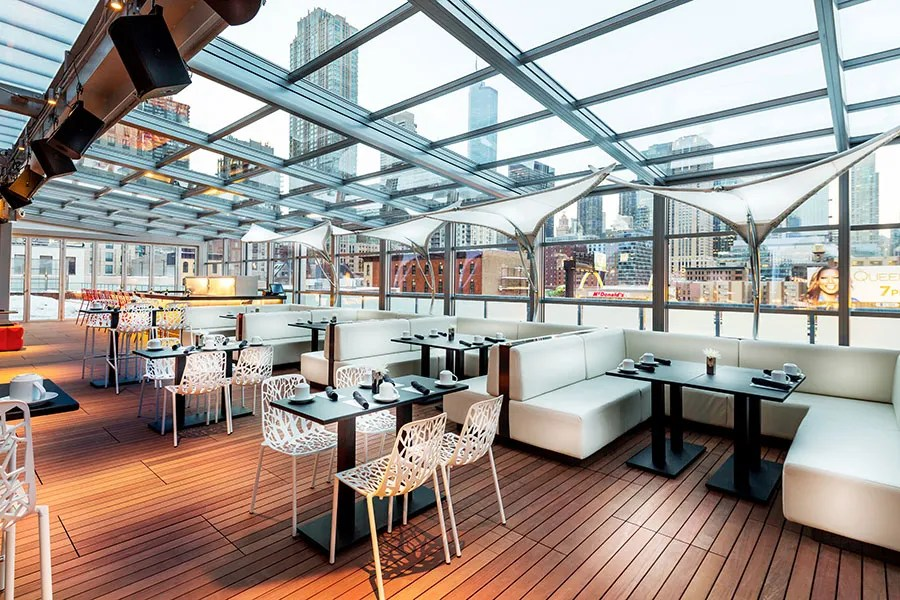 Seven Restaurants with Retractable Roofs Photos