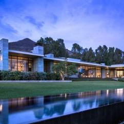 Low Back Lawn Chair 9 Inglesina Portable High Real-estate Maven Kurt Rappaport's Striking Malibu Home Photos | Architectural Digest