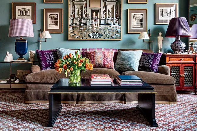 20 Top Designers Show Us Their Living Rooms Photos
