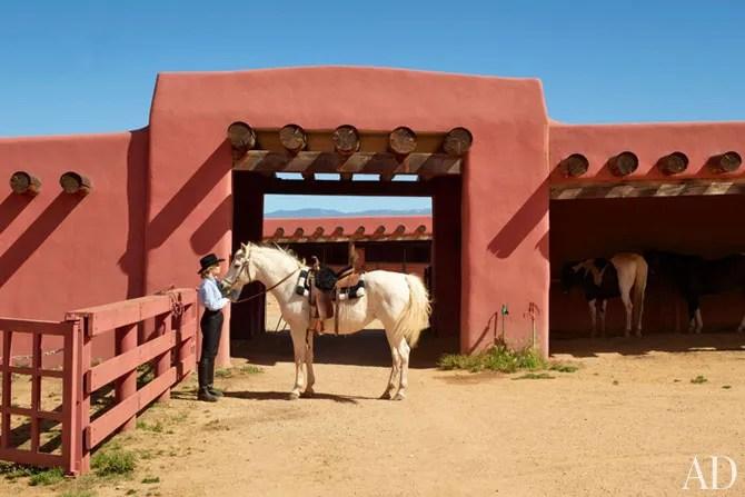 Jane Fondas New Mexico Ranch  Architectural Digest