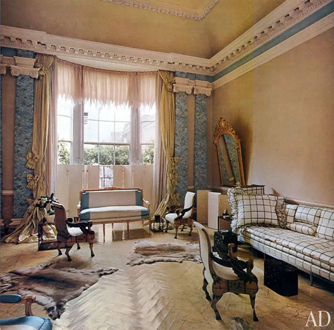 AD Revisits Pauline de Rothschilds Secluded London