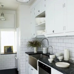 Subway Tiles In Kitchen Cottage Cabinets 23 Ways To Decorate With Tile Architectural Digest