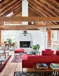 A Rambling, Shingle-Clad Summer House in the Hamptons ...