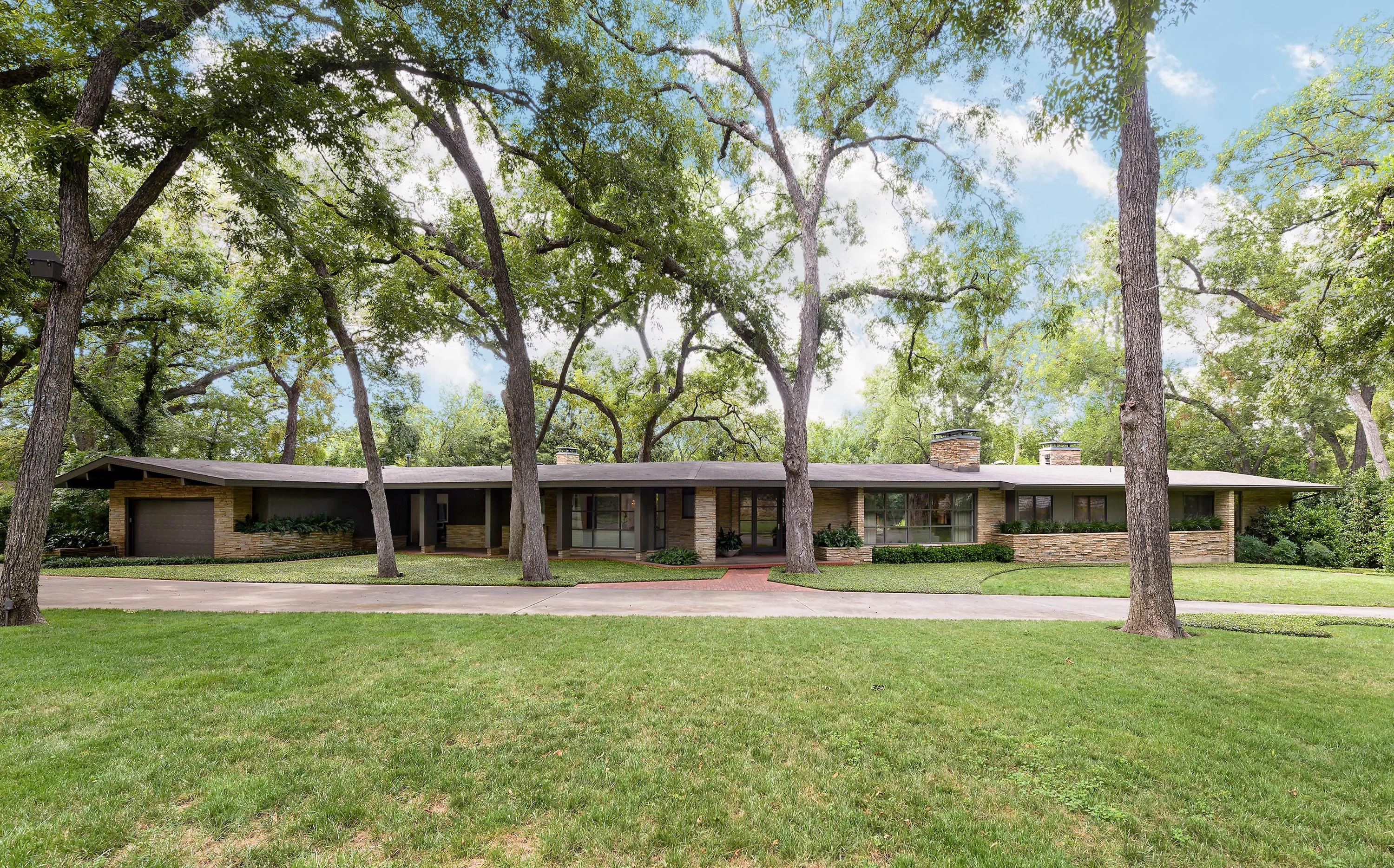 Dallas Texas Midcentury Modern Home for Sale