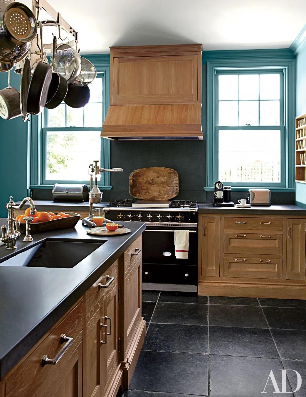 Black Kitchen Countertops Inspiration Photos