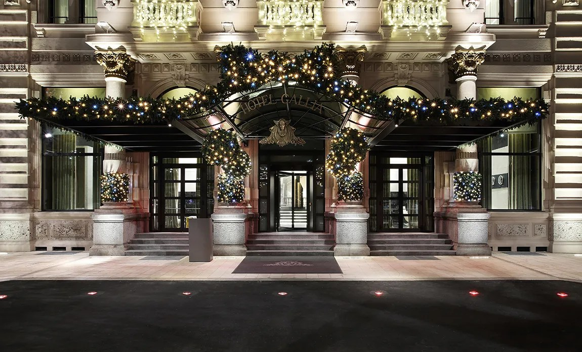 Hotels with Best Christmas Decorations and Holiday