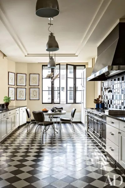 white kitchen countertops create a 25 black to inspire your renovation in linda pinto s paris apartment onyx hued provide sleek surface her charming and