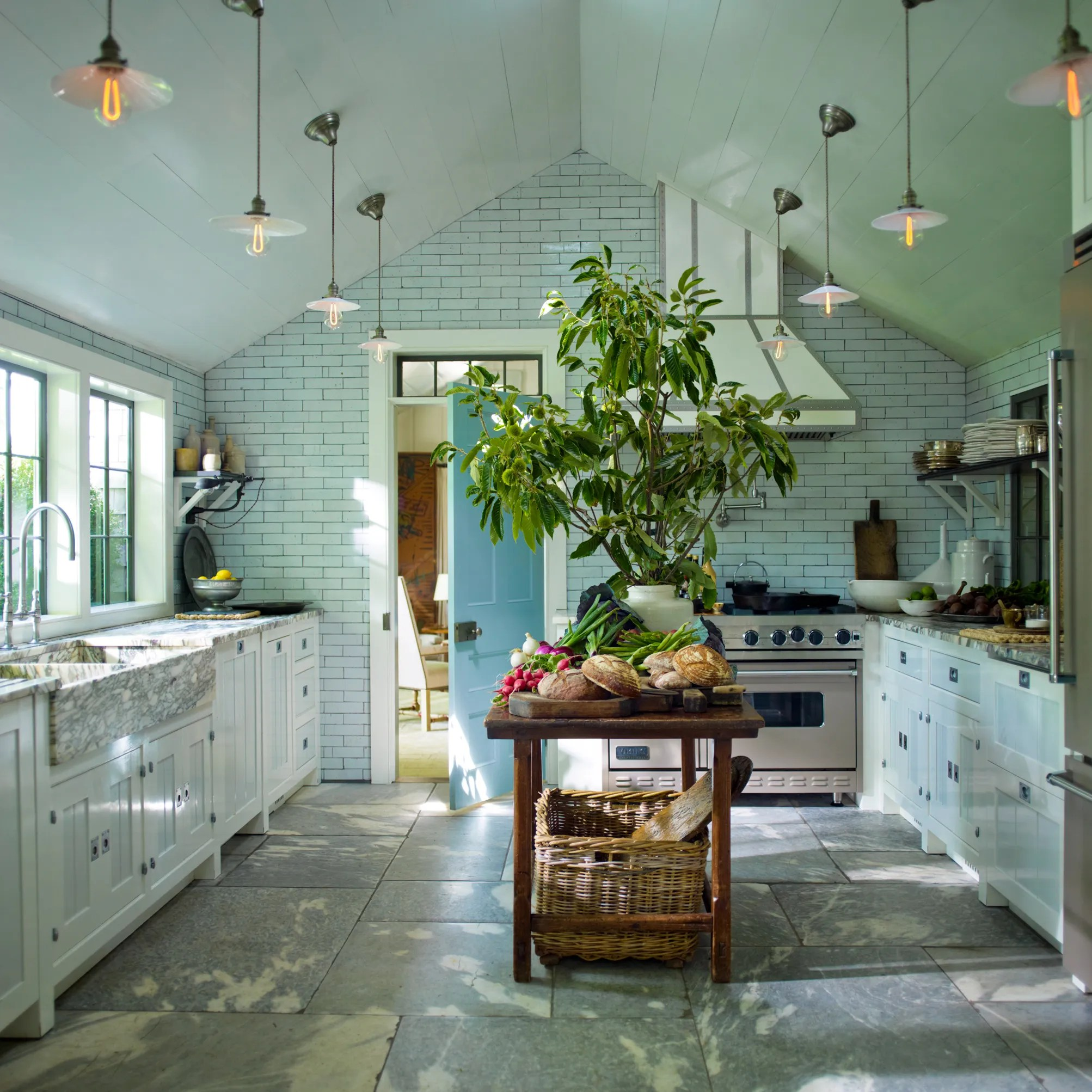 designer steven gambrel's 8 favorite kitchen designs - architectural
