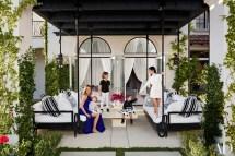 Khlo And Kourtney Kardashian Houses In
