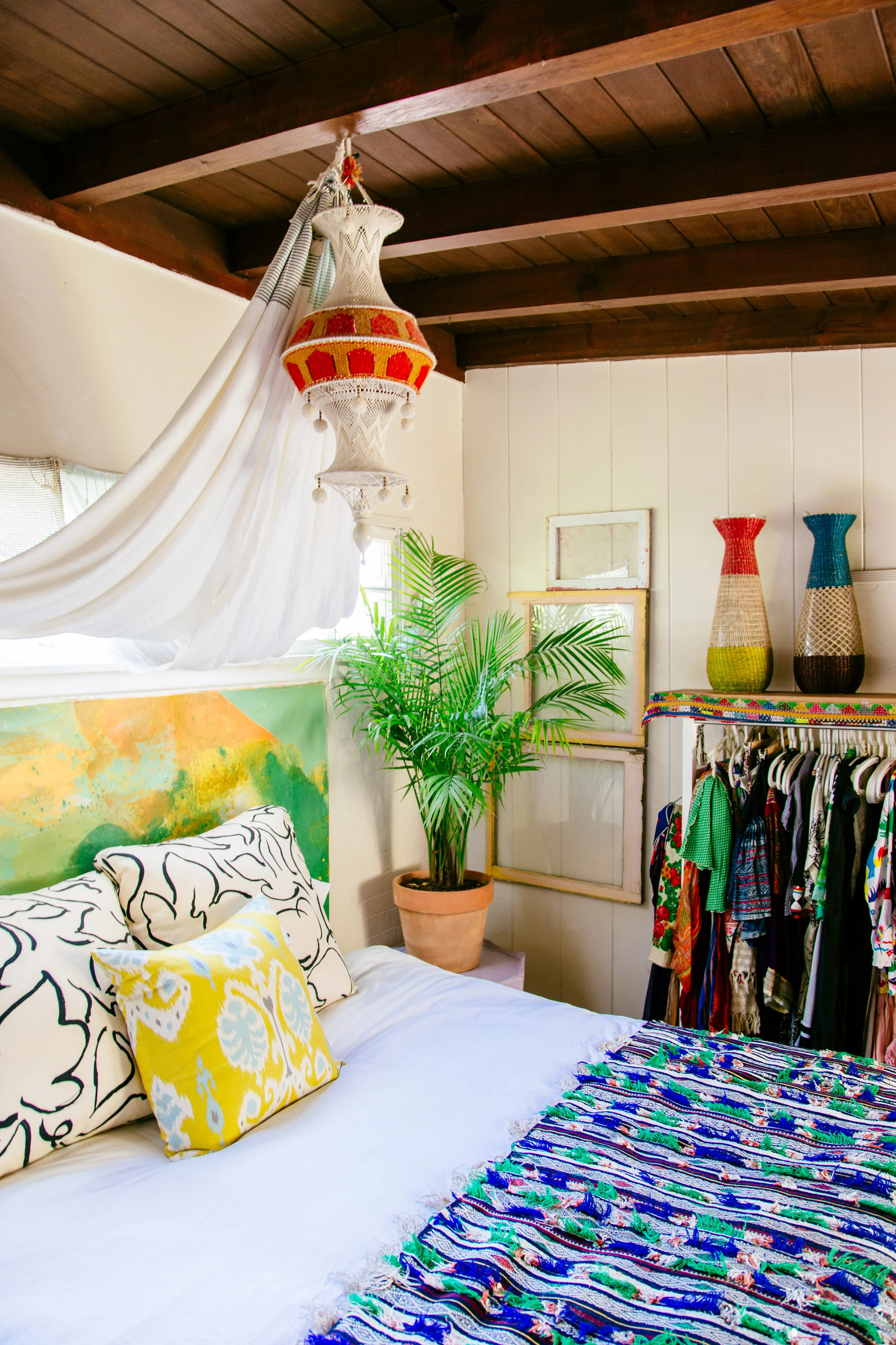 Boho Bedroom Decor  How to Mix Patterns Photos