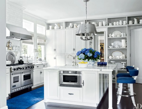 Rooms Showcase Blue-and-white Decor