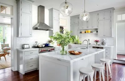 kitchen lights ideas chocolate cabinets 13 brilliant lighting architectural digest pendant by lindsey adelman studio illuminate the of a kentucky estate revived architect