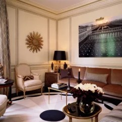 Living Room Clocks Next Campers With Front Unique Wall Decor Ideas 14 Ways To Use As Artwork In A Paris Apartment Circular Carpet From Galerie Diurne Designed By The Home S Decorator Jean Louis Deniot Simplifies Five Sided