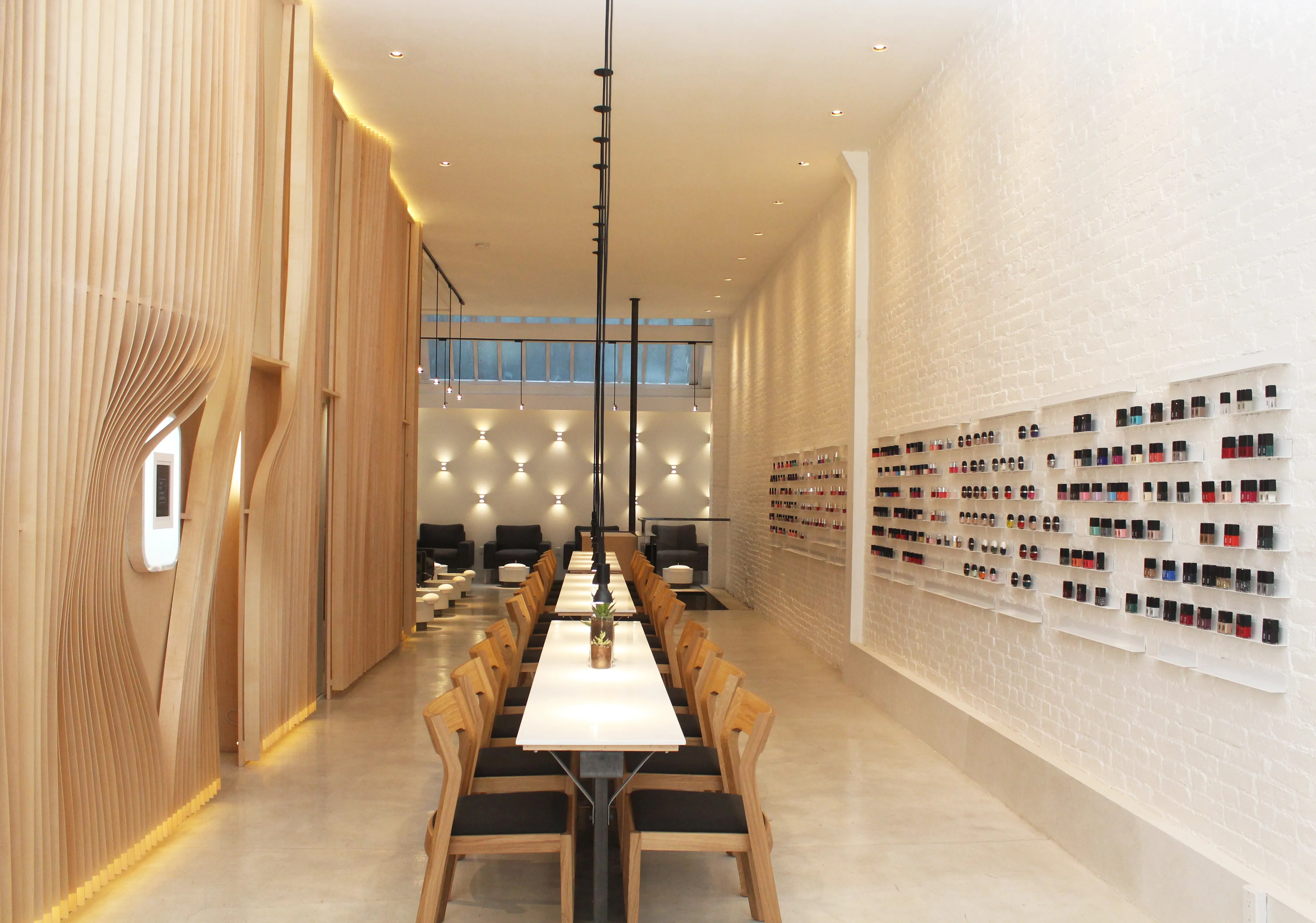 6 HighDesign Nail Salons from Coast to Coast Photos