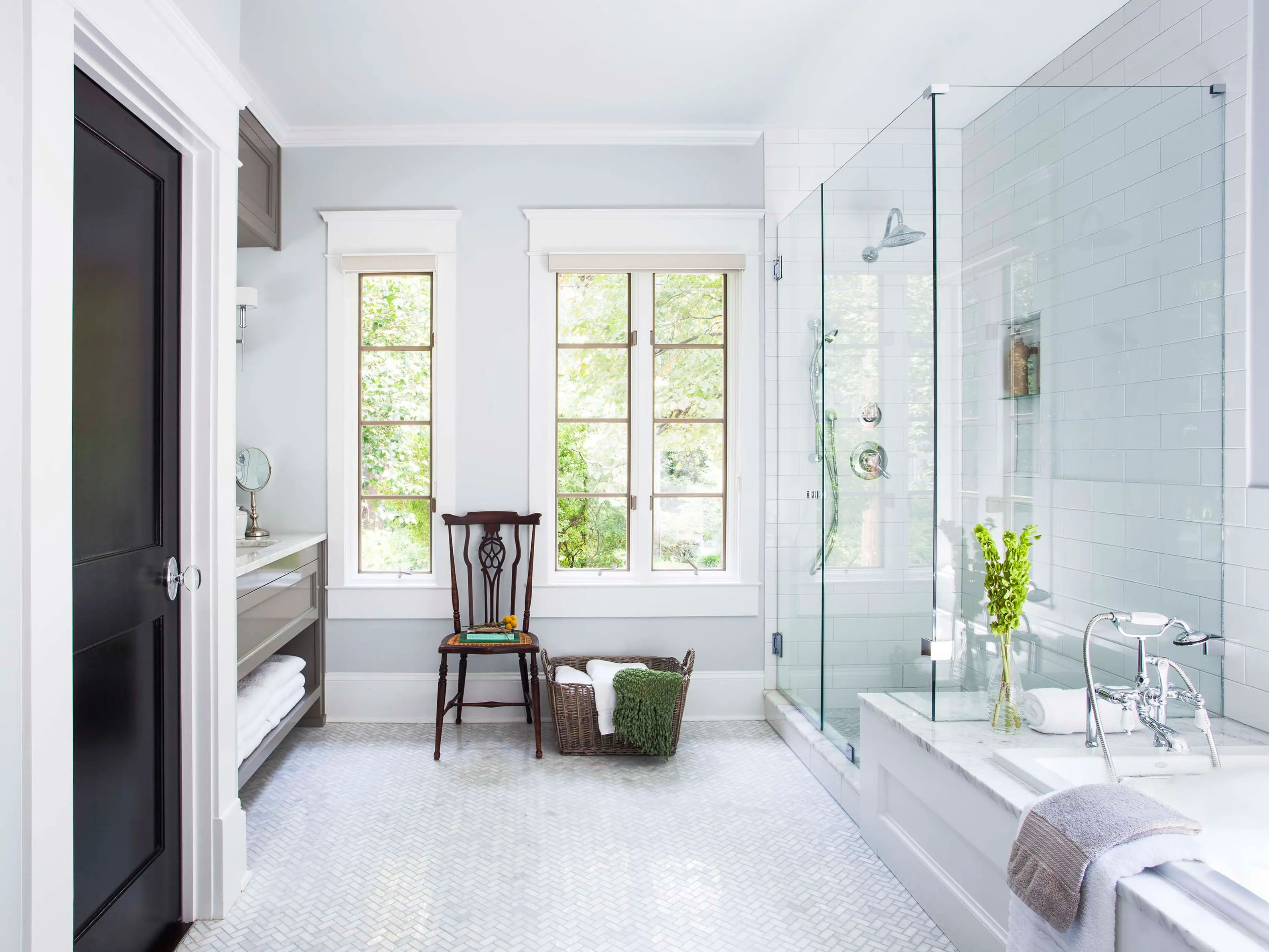 See How This Designer Refreshed A Master Bath And Laundry Room Combina Architectural Digest