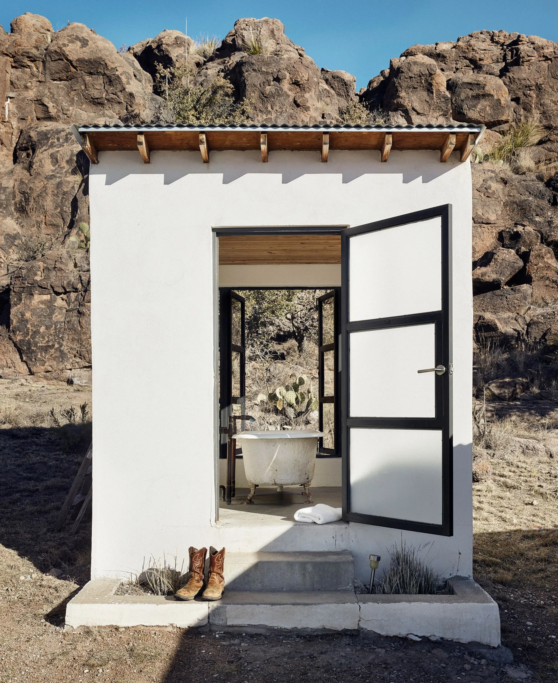 Desert Style Homes : desert, style, homes, Modernist, Marfa, Homes, Epitomize, High-Desert, Style, Architectural, Digest