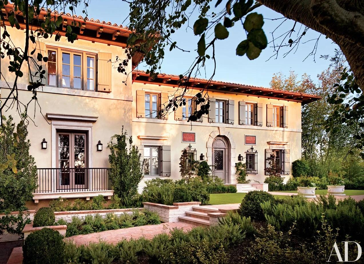 James Belushis Mediterranean Villa In Los Angeles