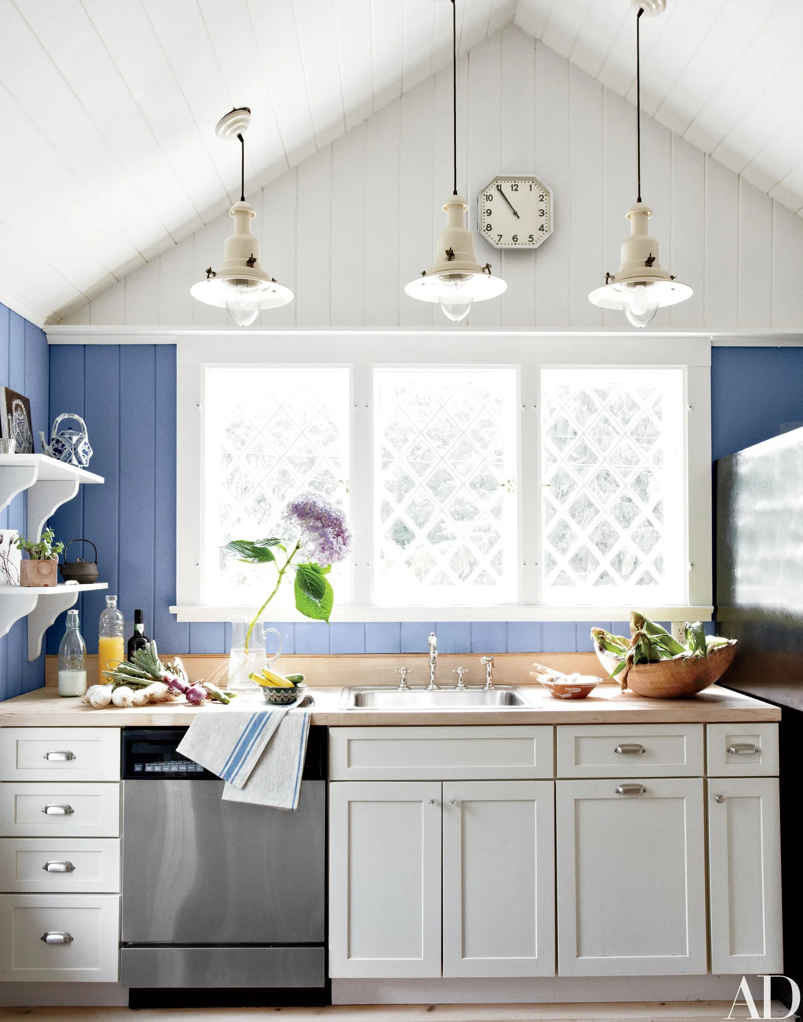 10 Kitchen Wall Decor Ideas Easy and Creative Style Tips  Architectural Digest