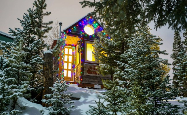 See How 6 Tiny Home Owners Decorated For The Holidays